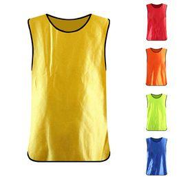 Camisas de futebol sem mangas on-line-Suave Sem Mangas de Futebol Equipe de Treinamento Vest Camisas De Futebol Camisas Esportivas Adultos Respirável Para Homens Mulheres Camping T camisas
