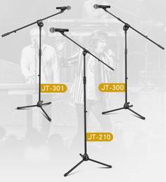 Trípode boom online-Soporte de micrófono profesional Trípode Boom Mikrofon Soportes con sujetadores de clip Ajustable Plegable en negro para el desempeño en el escenario
