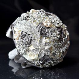 Luxurious Crystal Bridal Bouquet Wedding Event Wedding Supplies Wedding Accessories Bridesmaid Artifical Satin Flowers High Quality
