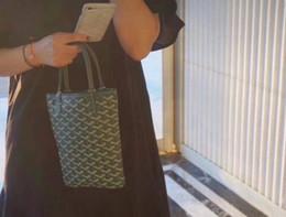 китайский мобильный телефон Скидка Новое высокое качество Франция стиль дизайнер женщины леди известный бренд класса люкс cosmetirc genuin сумки туалетные сумки кошелек макияж сумка