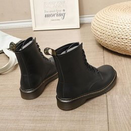 Deutschland Show Feet Martin Stiefel Damenschuhe Herbst und Winter New British Wind Zwei Cotton Schuhe Schwarz Wilde Plus Velvet Short Boots Fashion Versorgung