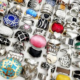 El más nuevo 10 unids Plata Oro Top 316L anillos de acero inoxidable Moda Vintage Punk anillo del cráneo para mujer Para Hombre Joyería de titanio regalos del banquete de boda desde fabricantes