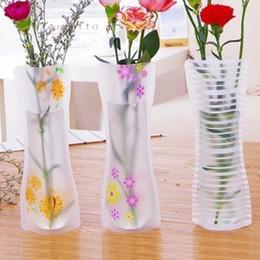 100pcs / lot Vaso di piegatura creativo e colori Decorazione domestica Vaso di fiori di plastica stili di miscelazione stampa 10 * 27 cm da