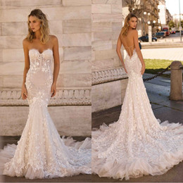 strapless feathers wedding gowns Promo Codes - Berta 2020 New Wedding Dresses Sexy Strapless Backless Lace 3D-Floral Appliques Bridal Gowns Plus Size Sweep Train Mermaid Wedding Dress