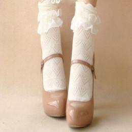 Calcetines con volantes de las señoras online-Lo nuevo Calcetines sólidos floral del calcetín señoras de las mujeres de la vendimia del tobillo del cordón de la colmena del dulce linda con volantes de vestir para mujer calcetines de algodón fino