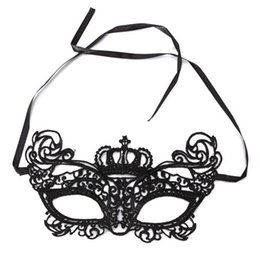 2019 maschera maschera maschera maschera New Lady Lace Flower Eye Queen Mask Mezza faccia superiore Masquerade Ball Prom Halloween Costume Party Decoration Ball Custome maschera maschera maschera maschera economici