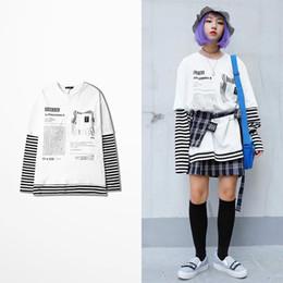 Calle tira online-2019 marca Tide manga larga camisetas hombres falsos dos piezas Strip bolsillo camiseta hombres monopatín Hip Hop High Street camiseta