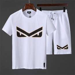 men s clothing pp Promotion pp Designer Summer Sweatshirts Hommes T-shirt Et Shorts Vêtements Survêtements courts Vestes Sportswear Ensembles Jogging Hoodies Costume