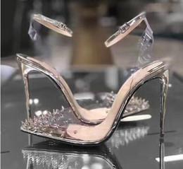 2019 le ragazze nozze scarpe avorio I più nuovi Red Bottom High heels Decolleté in vera pelle Donna Crystal High Heels Décolleté a punta con rivetti Scarpe da sposa Completo di confezione originale