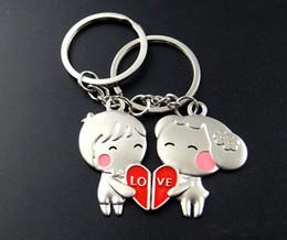 Любовь мальчика девочки кольцо онлайн-Мальчик и девочка форма сердца любовь пара брелки цинковый сплав брелки рекламные подарки