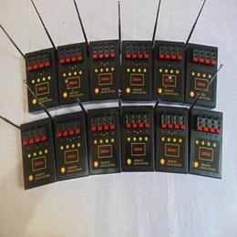 fuochi d'artificio che sparano dal telecomando Sconti 12pcs 4 Cues Fireworks sistema di cottura del trasmettitore effetto TELECOMANDO del Bilusocn Professione Radio fuoco regalo di nozze filo di rame di sicurezza