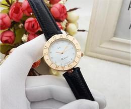 Relógios de cristal de quartzo on-line-Moda simples relógio de quartzo mulheres relógios de pulso Senhoras relógio de cristal relogio feminino luxo quartzo preto couro vermelho relógio à prova d 'água