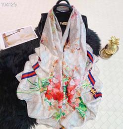Nouvelle écharpe en soie Pashmina Summer Hot Marque célèbre Designer Floral Bee imprimer Style écharpe longue Womens Foulards pour taille cadeau 180x90cm S220 ? partir de fabricateur