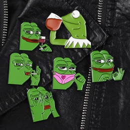 Alfileres divertidos online-Cartoon Frog Broche The Frog Pepe Badge Sad Think Drink Funny Cute Animal Brooch Metal Pins Badge Jewelry Gift para mujeres hombres DBC VT0522