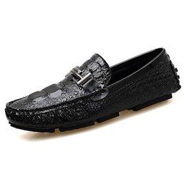 Chaussures décontractées Hommes Mocassins Chaussures plates Mocassin d'été en velours côtelé ? partir de fabricateur