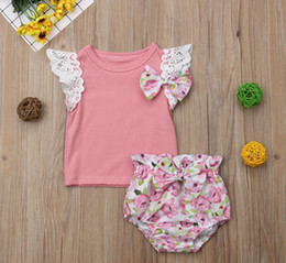 Cortocircuitos florales superiores del cordón de las muchachas online-2019 INS Summer Hot selling 6M- 4Years Toddler Kids Baby Girls Ruffles Lace Bow Top + Floral Shorts Outfits 2pcs ropa