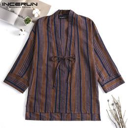 chaquetas de kimono más tamaño Rebajas INCERUN Chino Vintage Hombres Ropa de abrigo de rayas Kimono 3/4 manga con cordones Trench Coat Chaqueta a prueba de viento Hombres Streetwear Plus tamaño
