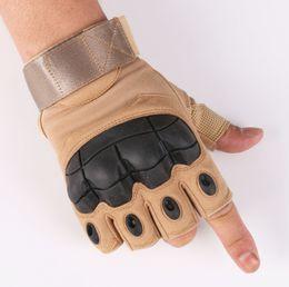 2019 forro de canada Guantes tácticos Ejército de Paintball Disparos Combate Antideslizante Goma dura Nudillo Medio lleno de guantes para los dedos Envío gratis