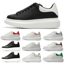 Alexander Mcqueens 2019 nouveaux Hommes De Mode De Luxe Blanc En Cuir Noir Plateforme Dos Chaussures Plate Chaussures Casual Chaussures Lady Noir Rose Or Femmes Baskets blanches ? partir de fabricateur