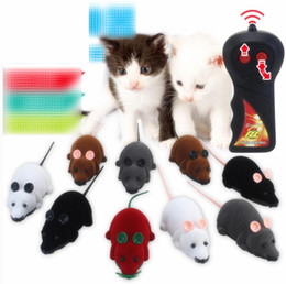 Controles remotos divertidos online-Mouse Toys Wireless RC Ratones Cat Toys Control remoto Falso ratón Novedad RC Cat Funny Playing Mouse Toys para gatos Dropshipping C3