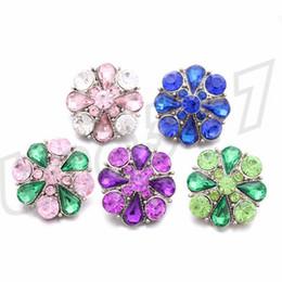 pulsanti a colori Sconti Fashion Full drilling Bottoni a forma di fiore Ultimi pulsanti in lega multicolore Pulsanti decorativi moda T9C0042