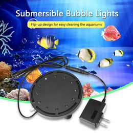 2019 luces sumergibles para tanques de peces NUEVA lámpara de luz subacuática de 12 LED Luz sumergible de burbuja para piscina Acuario Pecera LED Luz de buceo a prueba de agua luces sumergibles para tanques de peces baratos