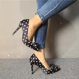 Siyah 10 cm popüler kadın pompaları bayanlar parti Moda vahşi Sivri Burun stiletto topuk saten pompa zarif bayan yüksek topuk elbise ayakkabı üzerinde kayma supplier black satin dress shoes nereden siyah saten elbise ayakkabıları tedarikçiler