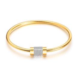 Braccialetti magnetici del diamante online-accessori caldi Bracciali in acciaio al titanio Catena con serpente tempestato di diamanti Bracciali magnetici in oro rosa per gioielli da donna