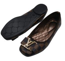 2301 Женская обувь Slide Huaraches Модельер кроссовки для ношения на обуви Стильные женские балетки B12 женские сандалии от