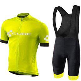 Bicicletta bicchierini cubo online-New Tour de France CUBE da uomo ciclismo bike salopette in jersey set completo da gara manica corta maglietta estiva MTB sport bicicletta traspirante