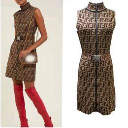 Vestidos impresos cinturones online-19ss con cinturón Nuevo vestido largo de moda Letra de mujer Estampado de punto Vestido casual