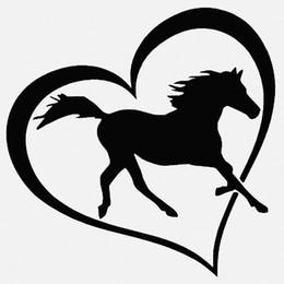 adesivi decalcomania simbolo dell'auto Sconti HotMeiNi All'ingrosso 20 pz / lotto 15 cm x 15 cm Cavallo Cuore Vinile Adesivo Decalcomania Della Finestra Paraurti Auto Macbook Amore Simbolo Pony
