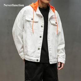 2019 nouvelle Lettre De Mode à capuche En Vrac Blanc Denim jeans Vestes  Streetwear hommes Hip Hop Casual Coton Baseball Jacket promotion veste  jeans homme ... ad0c7d4e22d2