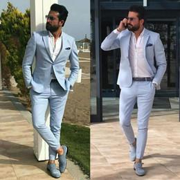 vestito blu da usura della maglia di colore Sconti Giacca da uomo slim fit blu cielo aderente con risvolto intagliato Groomsmen Smoking da matrimonio da spiaggia per uomo Blazer Due pezzi Abito formale giacca + pantaloni