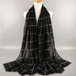 81beafad61a7 Echarpes Pour Dames Foulards Musulmans Classique Écharpe À Carreaux Plaid  Femmes Grande Couverture Coton Voile Longs Châles Et Wraps Hijab Foulard