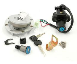 Honda cbr tanque de gás on-line-Interruptor de ignição da motocicleta + tampa da tampa do tanque de gás de combustível + chaves de bloqueio de assento para Honda CBR954RR 2002 2003 CBR 954 RR 02-03 Racing Bikes
