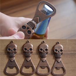 Apribottiglie a forma di chiave online-Apribottiglie Skull Mini Portachiavi apribottiglie birra apribottiglie portachiavi per birra KKA7163