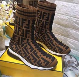 botas de cuero de remache alto Rebajas Sandalias con deslizador de moda Zapatillas para hombre Mujer CON CAJA ORIGINAL Diseñador caliente Unisex Chanclas de playa Zapatilla LA MEJOR CALIDAD