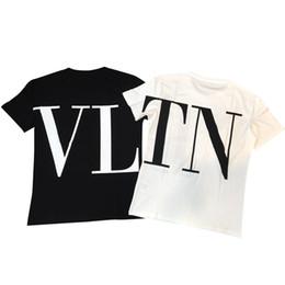 2019 venta al por mayor de la muchacha de la cabeza Camiseta de manga corta impresa letra de la camiseta del diseñador de las mujeres para las camisetas respirables blancas negras de la UE de la marca del verano