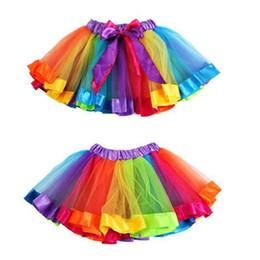 2019 chicas arco iris tutu pettiskirt 2018 Falda de niña más nueva Faldas de tutú de arco iris de Bowknot para niños Falda de Pettiskirt de venta caliente Falda de baile de boda de fiesta de tutú de Custome