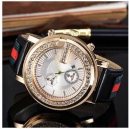 Relógios mens on-line-2019 3A3AA luxo diamante cristal dial homens / mulheres relógios de quartzo de couro faixa de relógio de moda têm logotipo mens relógios atacado,