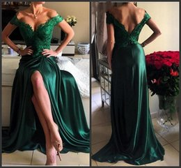 2019 vestido verde mujer talla grande 2019 Emerald Green Prom Dress High Quality Bright Girls Off Shoulder Women Long Formal Evening Party Gown Plus Size vestidos de festa vestido verde mujer talla grande baratos
