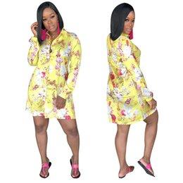2019 blusa de impressão de flores amarelas Venda quente XXL Em Linha Reta Blusa Vestido de Primavera Turn Down Collar Manga Longa Vestido Curto Mulheres Flor Impresso Camisa Amarela Robes desconto blusa de impressão de flores amarelas