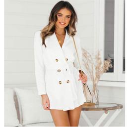 Weißer mantel doppelte brust online-Frauen Herbst Designer Trenchcoats Sexy V Umlegekragen Weiß Zweireiher Schärpen Langen Graben