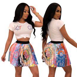 2019 moda colheita top saia conjunto Mulheres de luxo Two Piece Dress Set Marca camiseta Tops de Culturas + Mini Saia Plissada Designer de Moda Agasalho Streetwear Outfits S-2XL C62504 desconto moda colheita top saia conjunto
