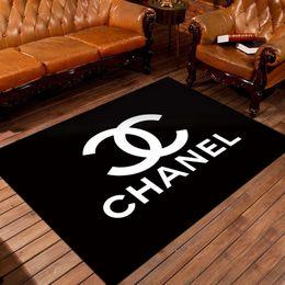 2019 alfombras redondas negras Estilo de carta de estilo de lujo mano libre muebles para el hogar dormitorio puerta frontal antideslizante alfombra alfombra sala de estar cocina piso de dibujos animados felpudo caliente