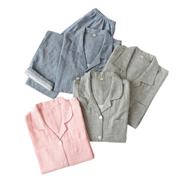 2019 algodão mulheres pijama Moda polka dot Casais conjuntos de pijama mulheres homens sleepwear 100% algodão outono ocasional de manga comprida pijamas de qualidade homens homewear algodão mulheres pijama barato