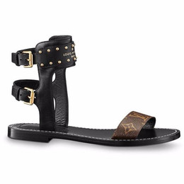 leather sandals women flats Promo Codes - Branded Women Print Letter Leather Nomad Sandal Buckle Strap Elegant Girl Open Toe Studs Casual Sandals