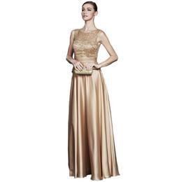 Cor de ouro vestidos de noite on-line-Cetim A Linha Vestidos De Dama De Honra Bling Do Laço Do Convidado Do Casamento Vestido Até O Chão Vestidos De Noite Cor De Ouro