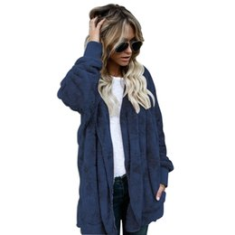 Обратимые покрытия онлайн-Women's Autumn Winter Casual European style Batwing Long Reversible Thick Cotton Outwear Artificial Faux Fur Jacket Hooded Coat